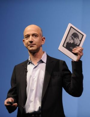Amazon CEO Jeff Bezos with Kindle DX